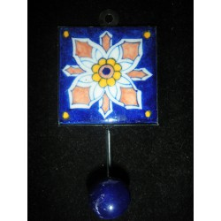 ceramic hook 8x8 cm Rose and overseas