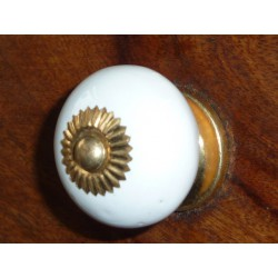 Porcelain knobs UNIS white