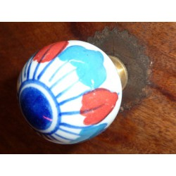 butons ball white flower blue/red